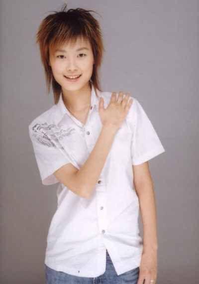 李宇春男友身高最好一米八-当红明星的形形色色择偶标准