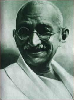 印度历史人物介绍 圣雄甘地