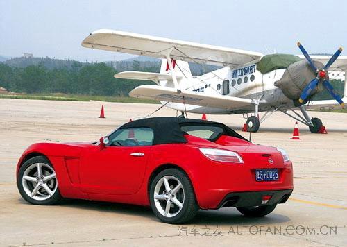 欧宝gt注定还是小众中的小众车型.尤其是在跑车文化尚未成熟高清图片