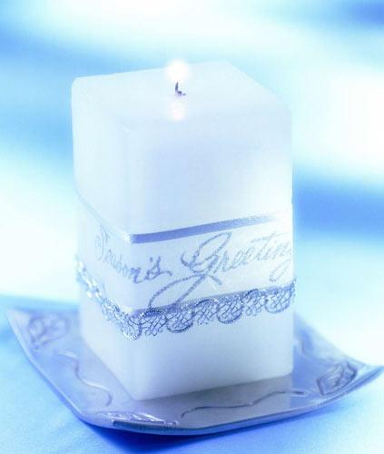 男人 蜡烛/很多人以为送礼给男士很简单,一条领带、一瓶好酒,或剃须刀,...