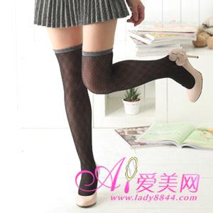 性感美女 鞋子/踩脚处宽版蕾丝设计,让您的双腿更加显得与众不同,束口加长...