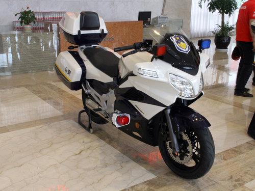 国产杜卡迪 春风动力650NK-摩托车,大排量,国
