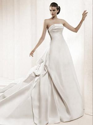 新娘婚纱与发型的完美配合 高清图片