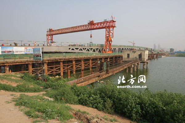 桁架结构的桥梁
