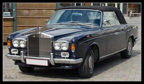 全新的古斯特coupe车型很有可能是继承劳斯莱斯之前的传奇