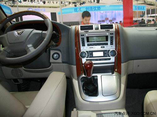 福田蒙派克e级商务车定位于大空间的豪华商务车其长宽高分高清图片