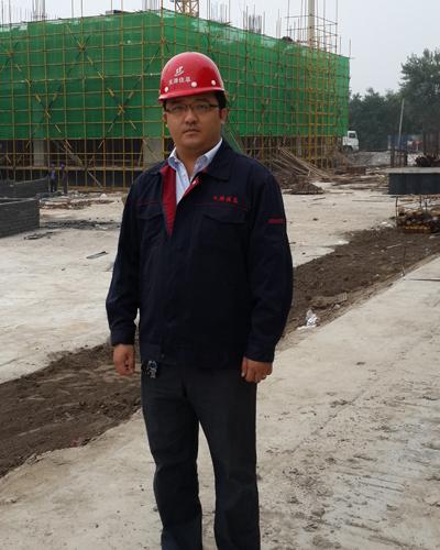 王楠/王楠,34岁,中共党员,天津大学新校区机械教学组团项目经理。