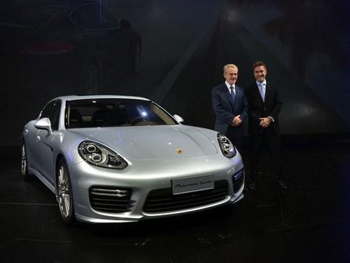 2014款panamera在外观方面与前款在售的车型相差不大,只高清图片