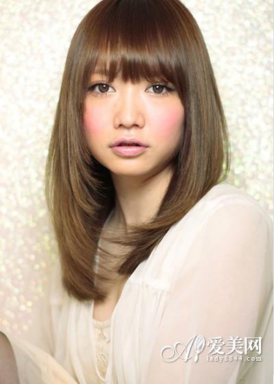 染颜色中分显白烫发显白分享术头发短发内扣染发多少元图片