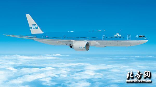 荷兰皇家航空公司厦门开航三周年   全家同行畅游欧洲活动在即   2014年3月6日,厦门- 2014年3月28日,将是荷兰皇家航空公司(以下简称荷航)迎来其开通厦门至阿姆斯特丹直飞航线三周年的日子。值此纪念日,荷航将推出厦门出发至阿姆斯特丹往返优惠票价3,330元(不含税)及厦门出发经阿姆斯特丹中转至其它欧洲城市优惠票价2,330元(不含税)。旅客将可以在2014年3月28日至3月30日以此优惠价格购买机票,且出行日期需在2014年4月1日至6月13日期间。   荷航厦门至阿姆斯特丹航线开航三年