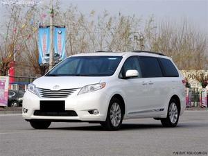 丰田塞纳3.5四驱标配 白色现车44万抢购 高清图片