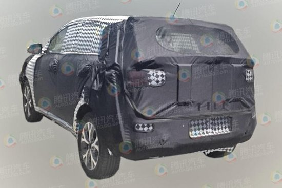 东风悦达起亚小型SUV或将于2015年2月上市高清图片