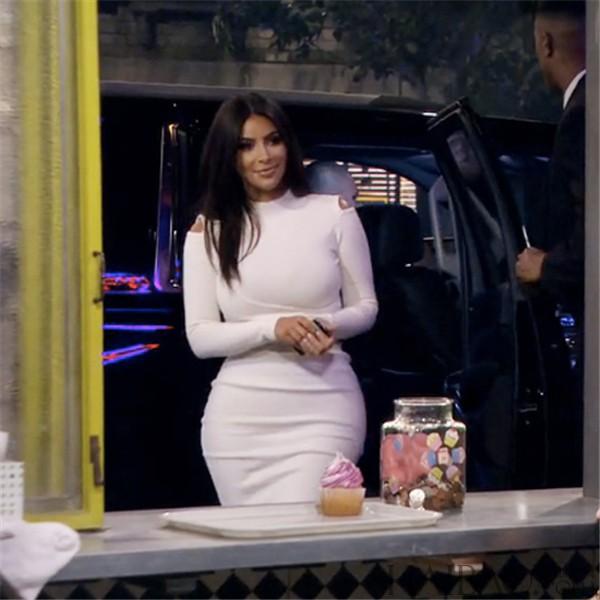 破产姐妹,那大概是kim kardashian,这三年来max每三集都会念高清图片