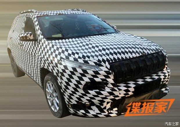 『jeep自由光国产版谍照』高清图片