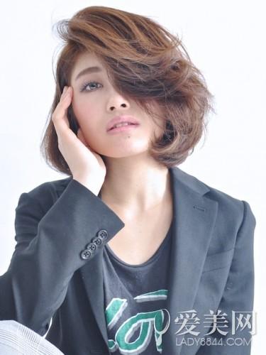 最新烫发发型图片发型v发型更层次吸睛-潮流呼丝缧时尚烫图片