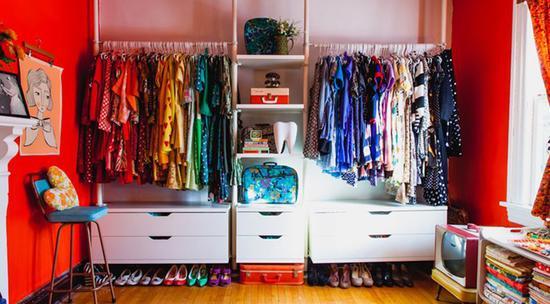 7个小步骤让衣柜看起来整齐清洁