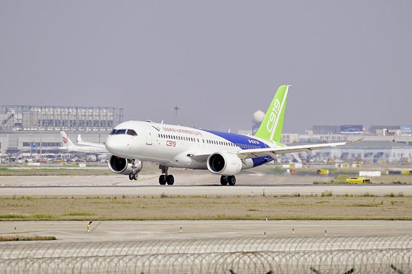 中国商飞公司计划投入6架c919飞机开展试飞取证试验工作.