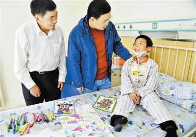 援藏干部伸援手 藏族患儿获救治