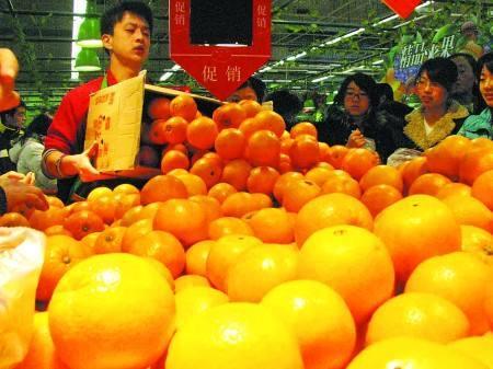 4500斤脐橙要是误写成45斤 你还会同情店家吗?