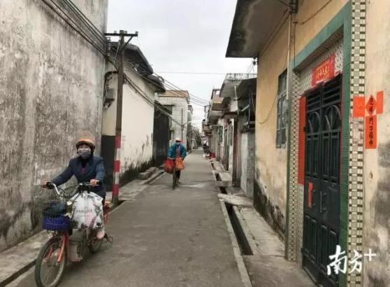 """【一线战例01】一张通行证,这个广东村庄让外地人成了""""本村人"""""""