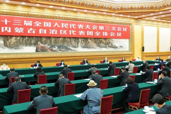 习近平在参加内蒙古代表团审议时强调 坚持人民至上 不断造福人民 把以人民为中心的发展思