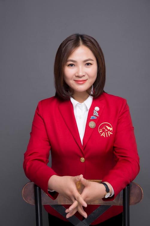 友邦保险天津营销服务部卓越营销员系列报道:左菲菲