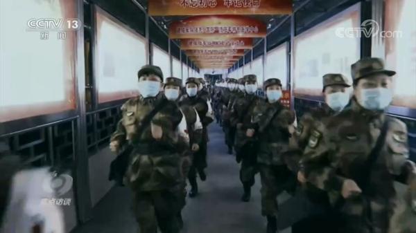 焦点访谈:这支铁军在抗疫一线做了哪些大事