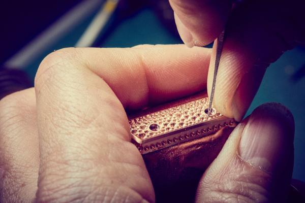 RICHARD MILLE里查德米尔 自成一格的宝石镶嵌技艺