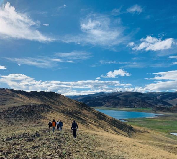 """西藏成为""""诗和远方"""" 农牧民享受旅游业发展""""红利"""""""